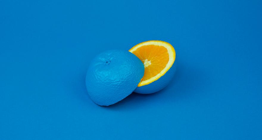 Psychologie des couleurs en marketing - orange bleu